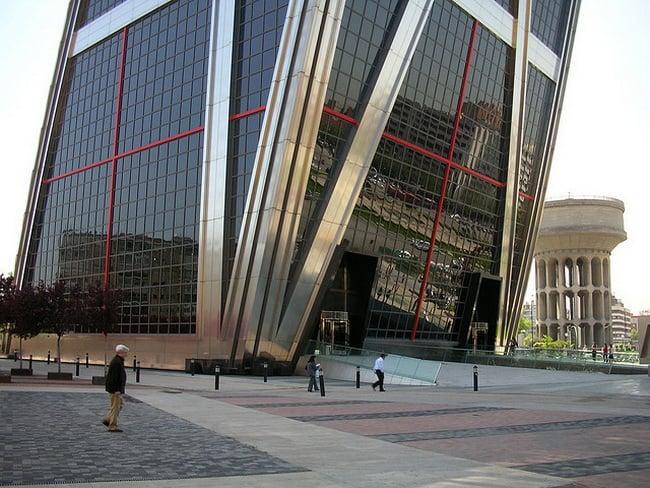 Puerta-de-Europa-Towers-6