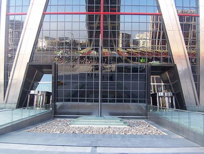 Puerta-de-Europa-Towers-7