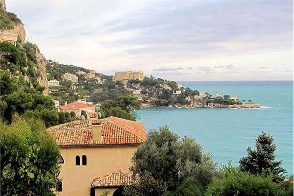 Le Chateau Malet, Fransız Rivierası, Fransa