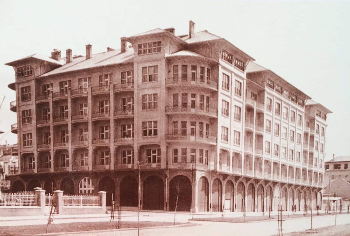 Cumhuriyet Döneminde Yapılmış Birbirinden Muhteşem Binalar