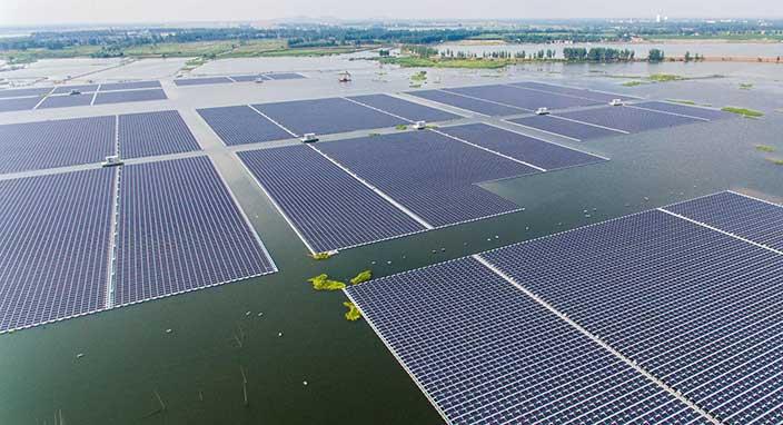Dünyanın En Büyük Yüzen Güneş Enerji Santrali