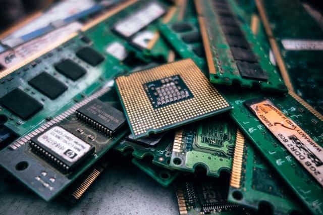 Mühendislik Öğrencileri Laptop Alırken Nelere Dikkat Etmeli? | Tavsiye ve Öneriler
