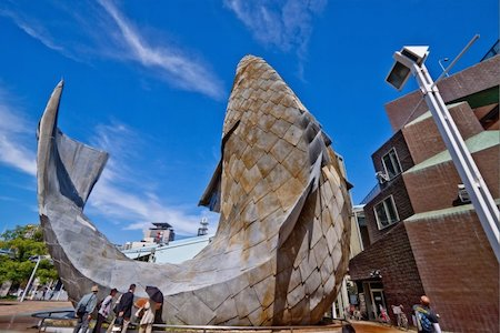 Mimaride Kitsch Kavramı - Rize'deki Çay Bardağı Anıtı