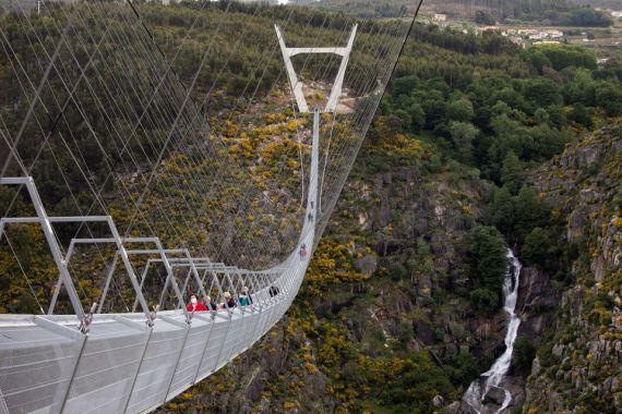 dünyanın en uzun yaya asma köprüsü