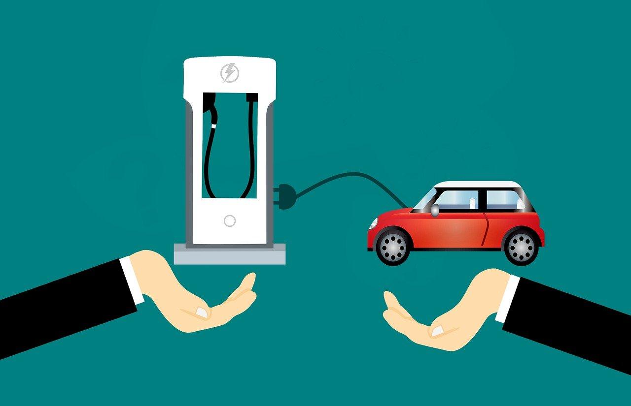 Elektrikli Yollar: Elektrikli Arabaların Şarj Sorununa Yeni Alternatif